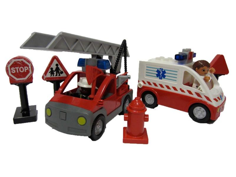 C271: Duplo Emergency Vehicles