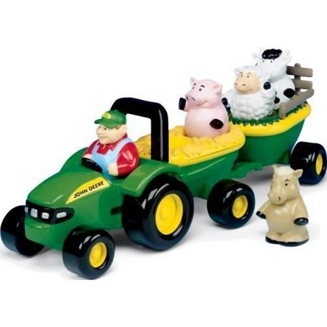E4736: Farm Animals and Tractor