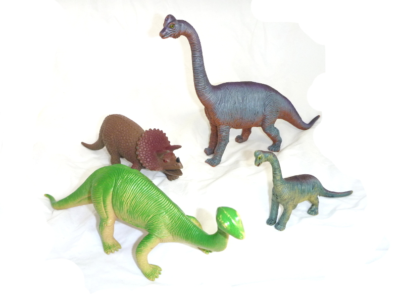 E4745: Dinosaur Set
