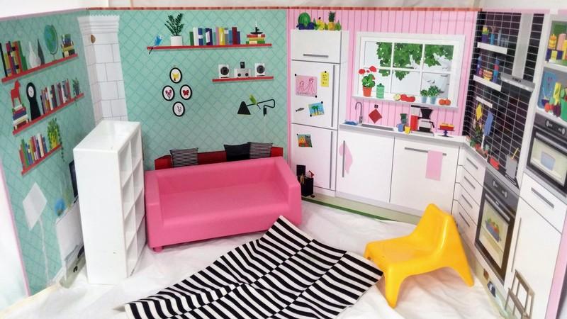 E4386: Doll house