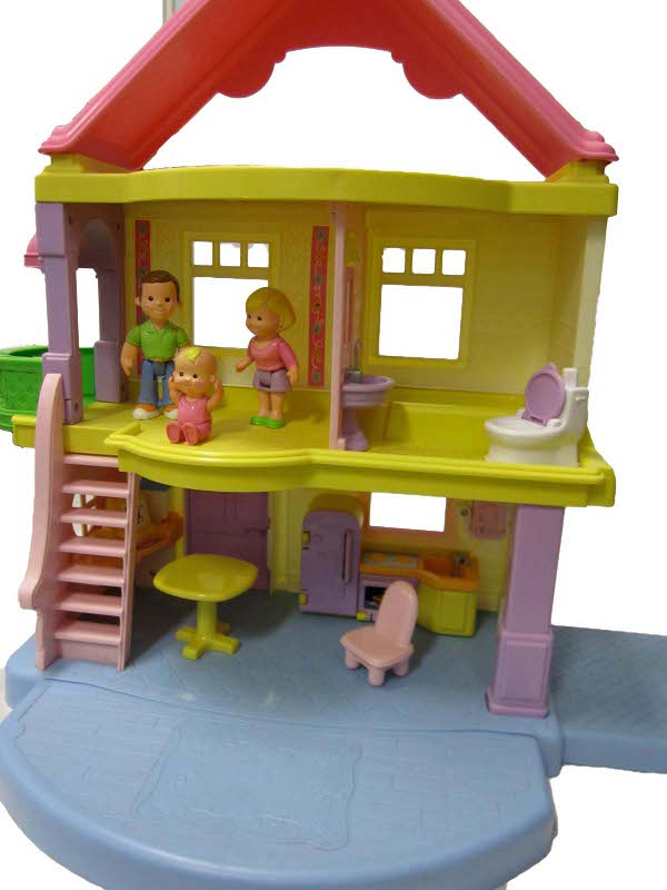 E4331: My First Dolls House