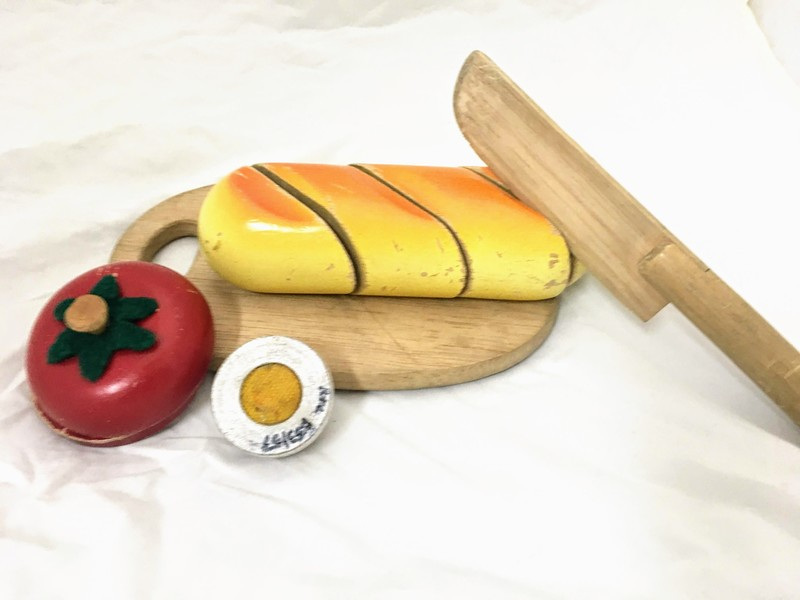 E43117: Breakfast Cutting Set