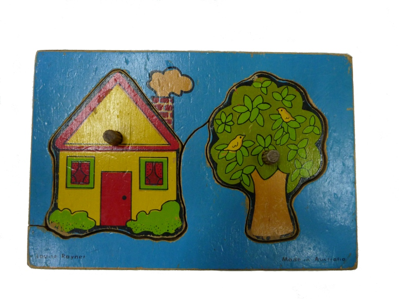 J818: House & Tree inset puzzle