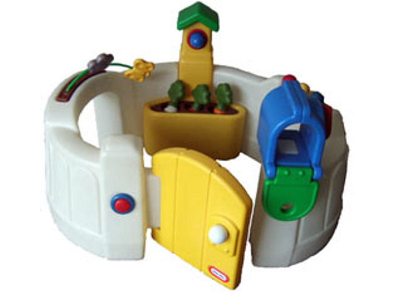 A053: Little Tikes Activity Garden