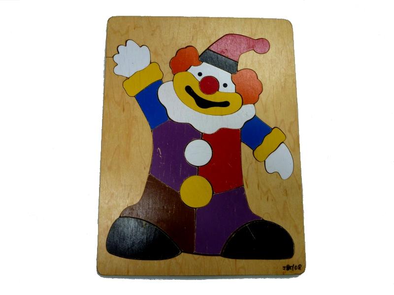 J858: Clown