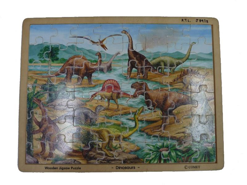 J8913: Dinosaur wooden jigsaw