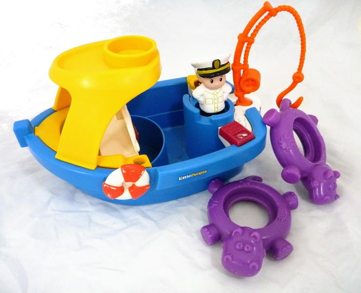 C242: bath boat