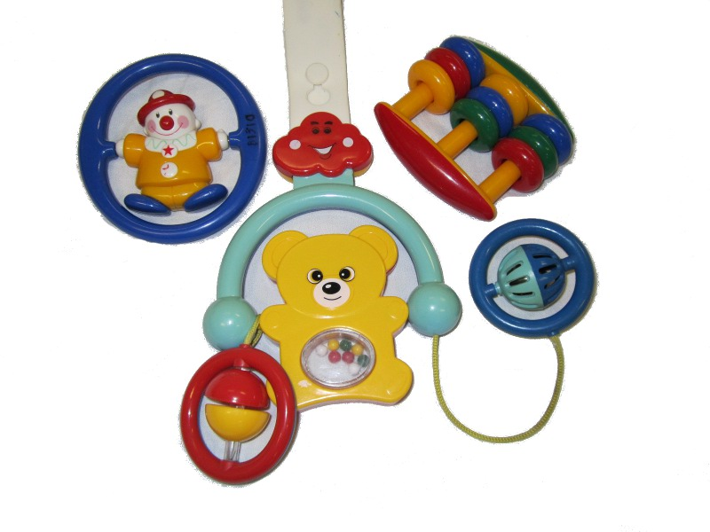 B1537: 2 Rattles and 1 Hanging Toy