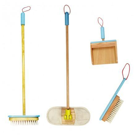 758: Santoys Cleaning Set with Stand