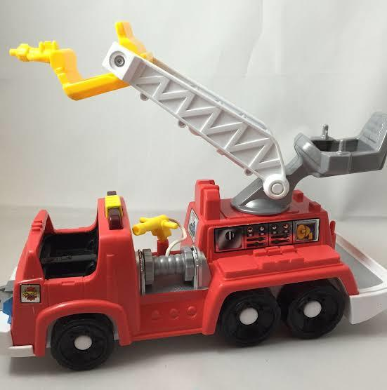E3-303: Little People Fire Engine