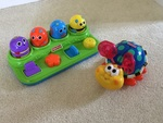 I127: ROLL ALONG BUG & POP UP ANIMALS