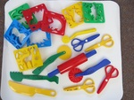P129: COOKIE CUTTERS WITH PLAYDOUGH TOOLS