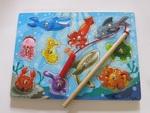 P141: MAGNETIC FISHING GAME