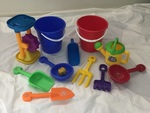 P142: SAND AND WATER PLAY SET