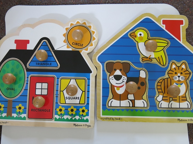 P150: FIRST SHAPES JUMBO KNOB PUZZLES