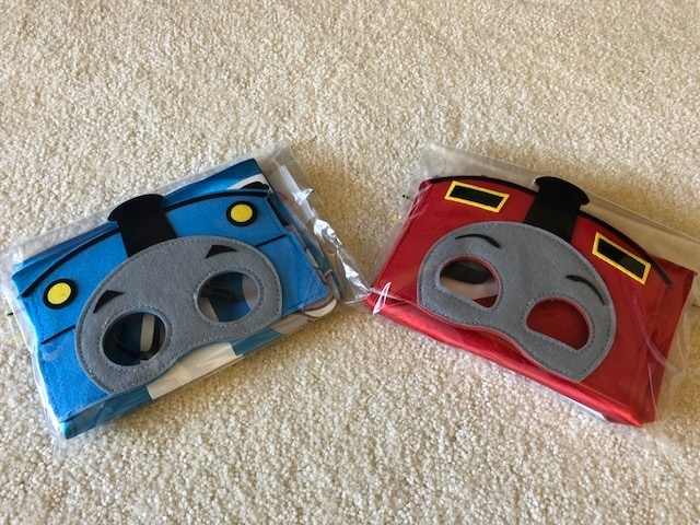 P226: THOMAS AND JAMES CAPE AND MASK SET