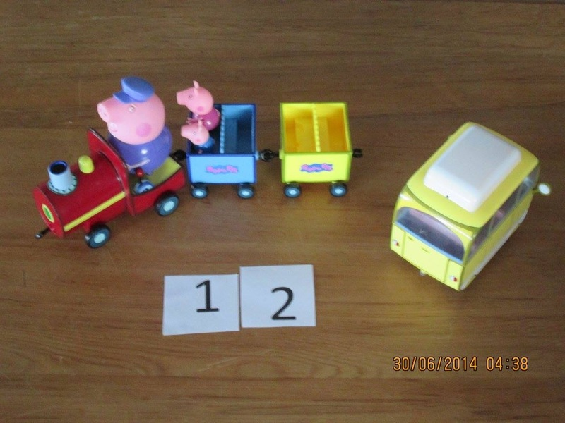 12: Peppa Pig train and campervan set
