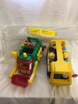 R6: School Bus & Garbage Truck