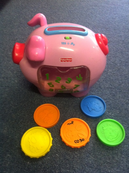 C030: fisher price counting pig