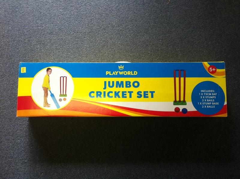 A112: Jumbo Cricket Set