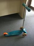 R002: Mini Micro Scooter Aqua