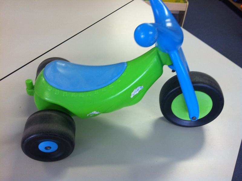R006: Green/Blue Toddler Trike