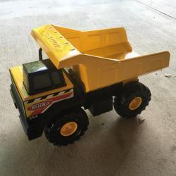 62166: Tonka dump truck