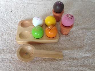 6228: Wooden Ice Cream Set