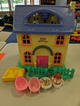 62095: Little People House + Accessories
