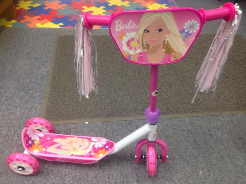 1836: Barbie Scooter
