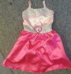 1992: Barbie Dress Up