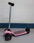 R21: Scooter (pink)