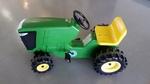 R34: John Deere Tractor