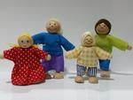 I26: Doll Family 3