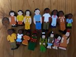 673: 4 Wooden Families